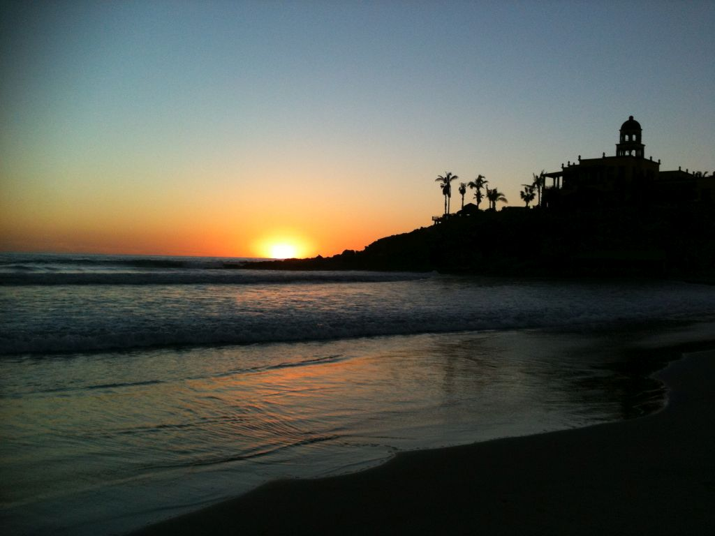 Cerritos at sunset caps a pleasant day at the beach for guests of Casa Oasis Todos Santos Vacation Rental